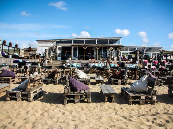 Boomerang beach | Strand Den Haag
